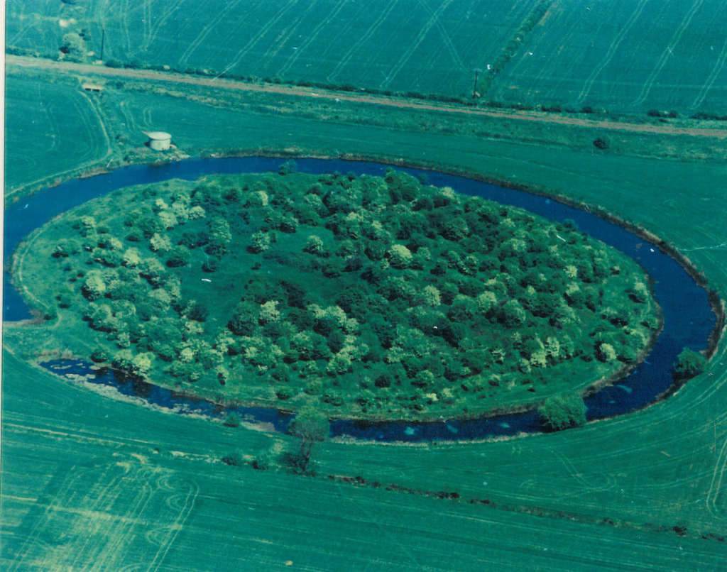 The Ring Res Photo courtesy of Irthlingborough Local Historical Society