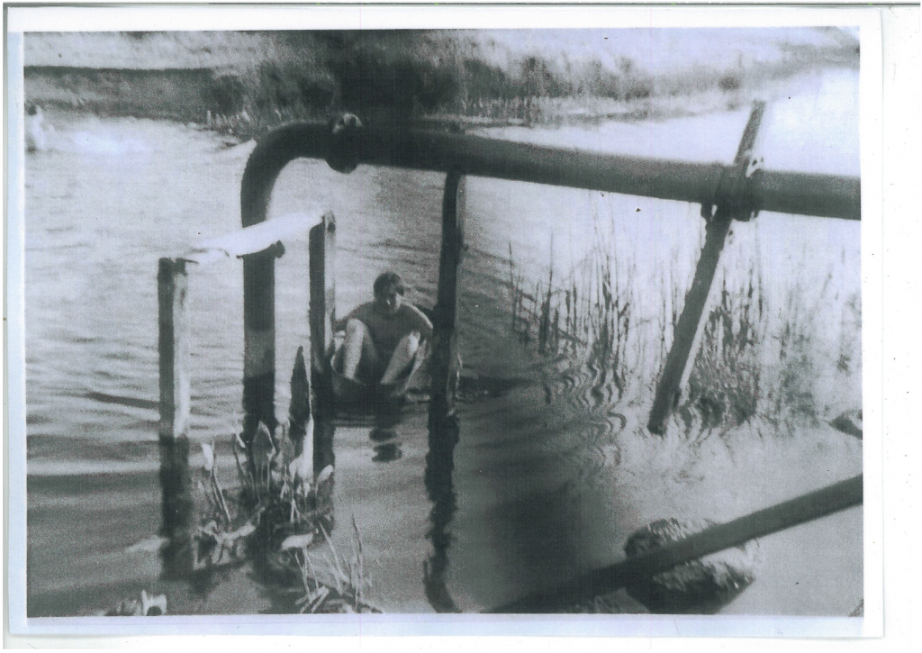 Boy swimming in Ring Res Photo courtesy of Irthlingborough Local History Society
